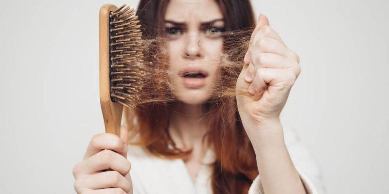 Saç dökülmesi nedenleri ve çok daha fazlası Clinista'da sizler.e